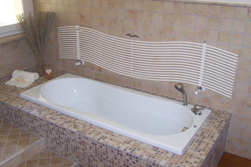 Greche per bagno pavimenti e rivestimenti edilcasa for Greche adesive per bagno