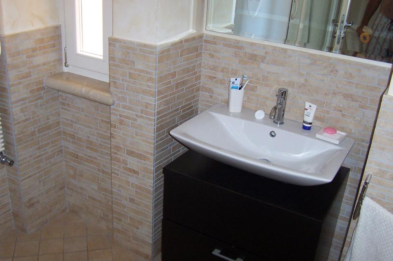 Rivestimenti bagni greche mosaico pavtech - Bagni rivestimenti piastrelle ...